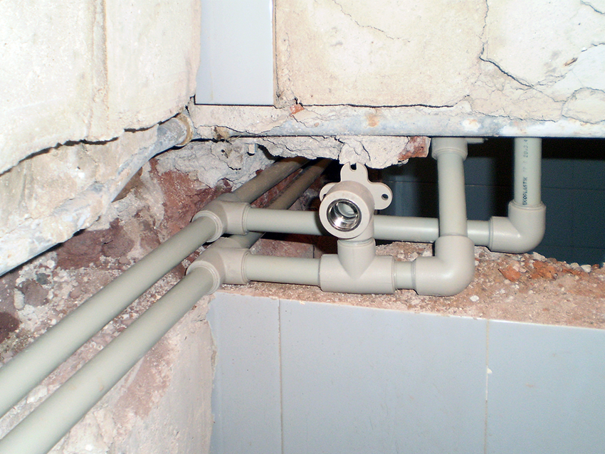 Replacement of pipes